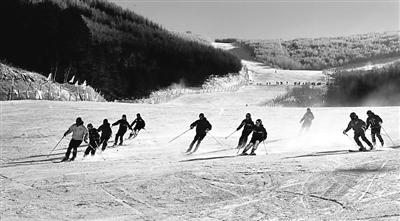 全球旅游报道:第十七届中国・崇礼 国际滑雪节完